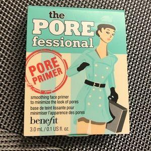 benefit the porefessional face primer